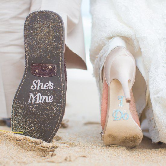 A sunny beach destination wedding at The Pelican Grand Beach Resort in Florida. (Tami Melissa Photography)
