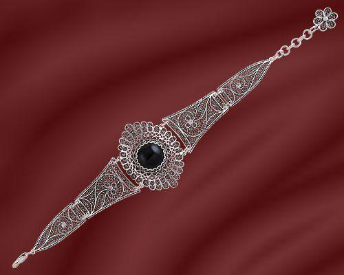 Silver filigree bracelet. More at  http://www.silvertownart.com/Vasilis_Vafiadis_s/1833.htm