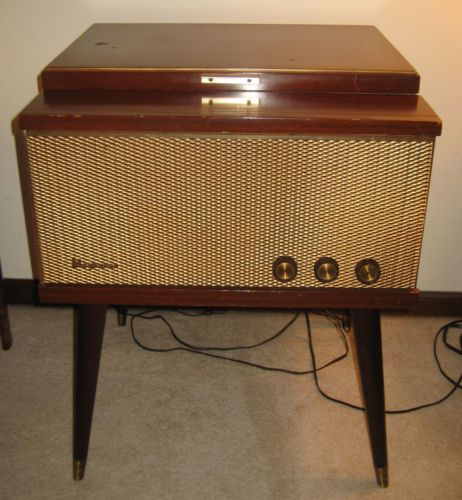 Vintage Late 1950 S Magnavox Turntable Record Player