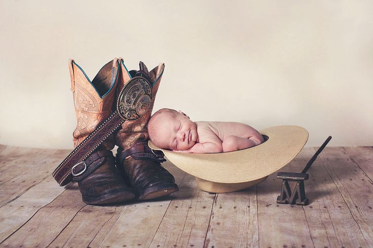 Western Style Newborn Photography Hat and Boots. Shot by Sea Flowers Photography www.seaflowers.net