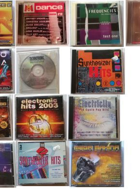 LOT 13 CD AUDIO - ref1002 ************************************** HAROSTYLE TOP 100  - Boitier abimé - CD Comme neuf - CDx2 M6 DANCE compil n°19 - boitier 1 coté abimé bon état d'usage ELECTRICITY SYNTH POP CD ALBUM 18 TRACKS - boitier abimé cd comme neuf Technotronic Pump Up The Jam The Remixes - sans jaquette cd état proche du neuf Music 4 the next generation ELECTRONIC HITS 2003 - 4xCD comme neuf NRJ - LA COMPILATION vol. 1 - bon...