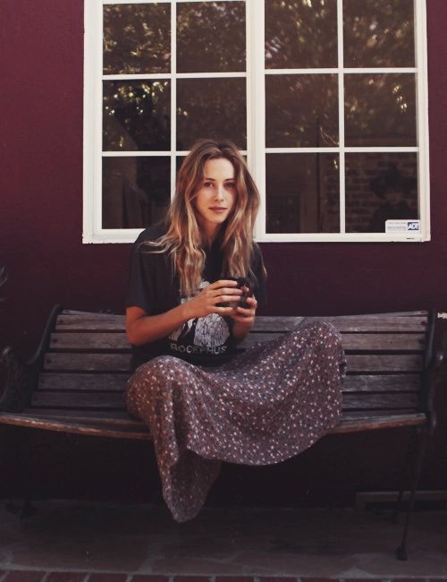 style icon: gillian zinser. actress from 90210 ivy sullivan street style boho hippy floral maxi skirt vintage band tee