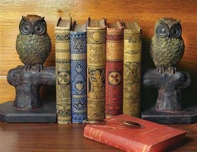 HOOTIE & HATTIE OWL BOOKENDS Victorian Trading Company http://www.victoriantradingco.com/item/60-da-6023014/108101/hootie-hattie-owl-bookends
