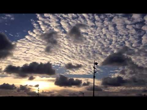 """videoclip """"sonidos y sueños de amanecer"""" http://canalartes.blogspot.com.es"""