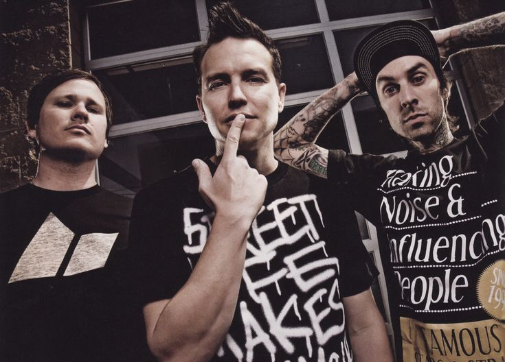 So stoked these cats are heading down to Australia.. minus Travis Barker = Total gripe.