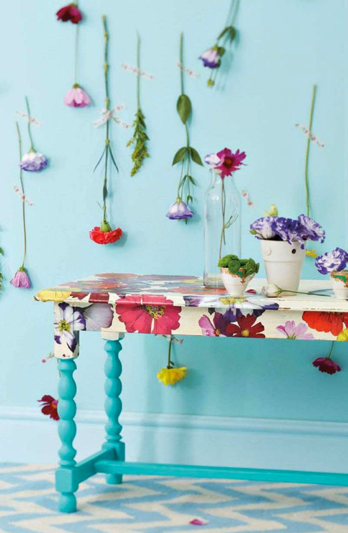 ****Love this table -- I will have one just like it...****Poppytalk: Sunday Reading
