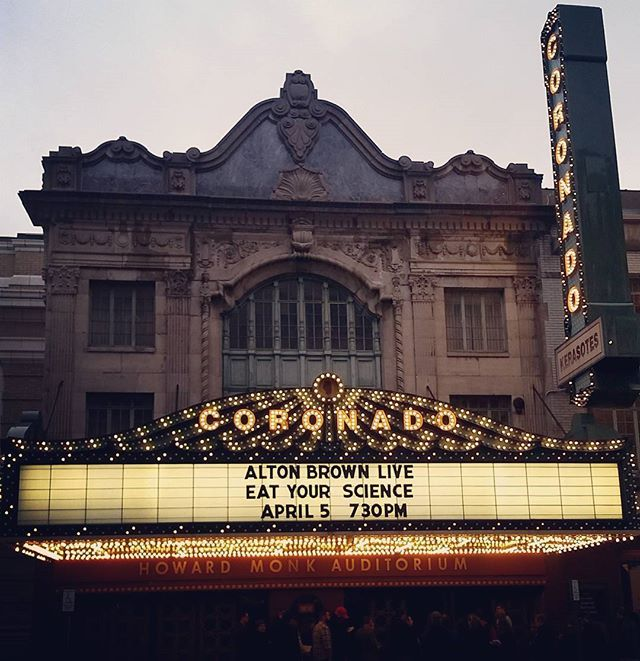 Saw Alton Brown this week in Rockford. It was an awesome show! AB sure is a Jack of All Trades! Jonathan and I like to binge watch Cutthroat Kitchen on Netflix and we have watched good eats, saw he was coming to rockford and we HAD to go! The Coronado was BEAUTIFUL.  #altonbrown #altonbrownlive #eatyourscience #altonbrowneatyourscience #coronado #rockford #sandiegoconnection #sdlocals #coronadolocals - posted by Alyssa B https://www.instagram.com/alys_b2013. See more post on Coronado at…