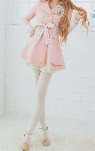 Crazy about pink ... Love the style!                                                                                                                                                     More