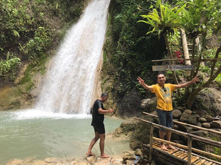 Air Terjun Kedung Pedhut Kulon Progo  GloryDuo Tour Travel merupakan jasa tour di Yogyakarta Segera hubungi GloryDuo Tour Travel : Call/WA : 0813.2811.3366/0858.0457.9333 Instagram : yogyakartawisata atau untuk info lebih lengkap kunjungi website www.wisatakeyogyakarta.com