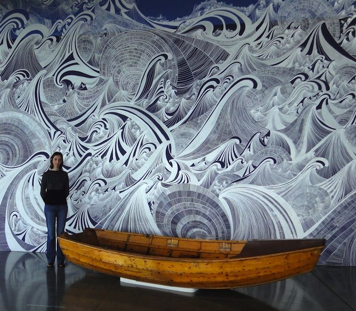 All in the silver: Massive mural, all in silver pen, at Seattle Art Museum...     http://www.juxtapoz.com/Current/massive-silver-pen-mural-by-sandra-cinto-seattle-art-museum