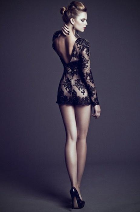 Long legs- short skirt- classy. - Modeling - Pinterest - Skirts ...