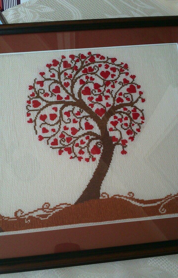 Křížková výšivka - srdíčkový strom