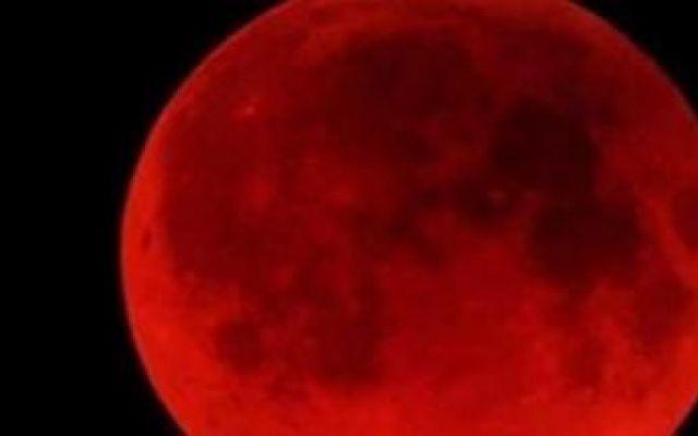 A Pasqua in arrivo l'eclissi lunare rossa #eclissi #luna #eclissilunare #tetrade