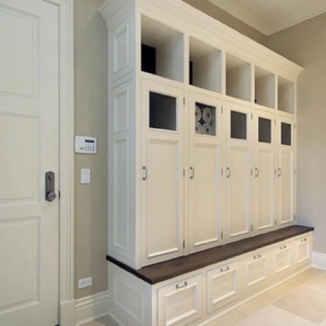 Locker style closets
