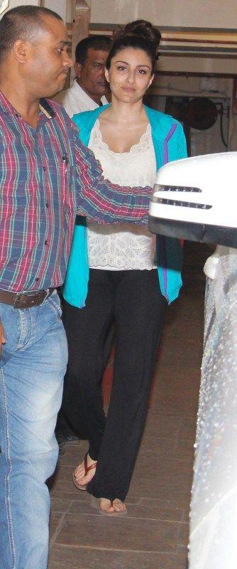 Bollywood film actress Soha Ali Khan spotted at Saif Ali Khan's house in Mumbai.