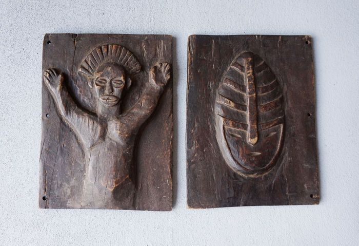 Catawiki online auction house: Makishi Masquerade Tablets - Chokwe - Zambia