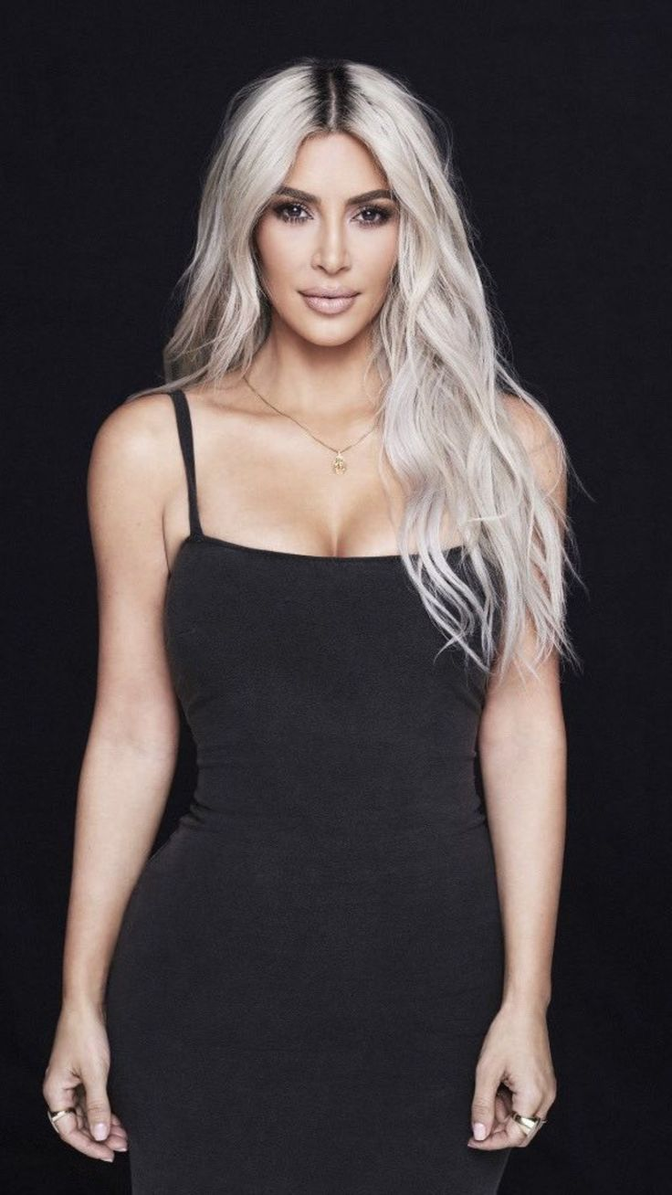 Pinterest: DEBORAHPRAHA ♥️ Kim kardashian platinum blonde hair 2017