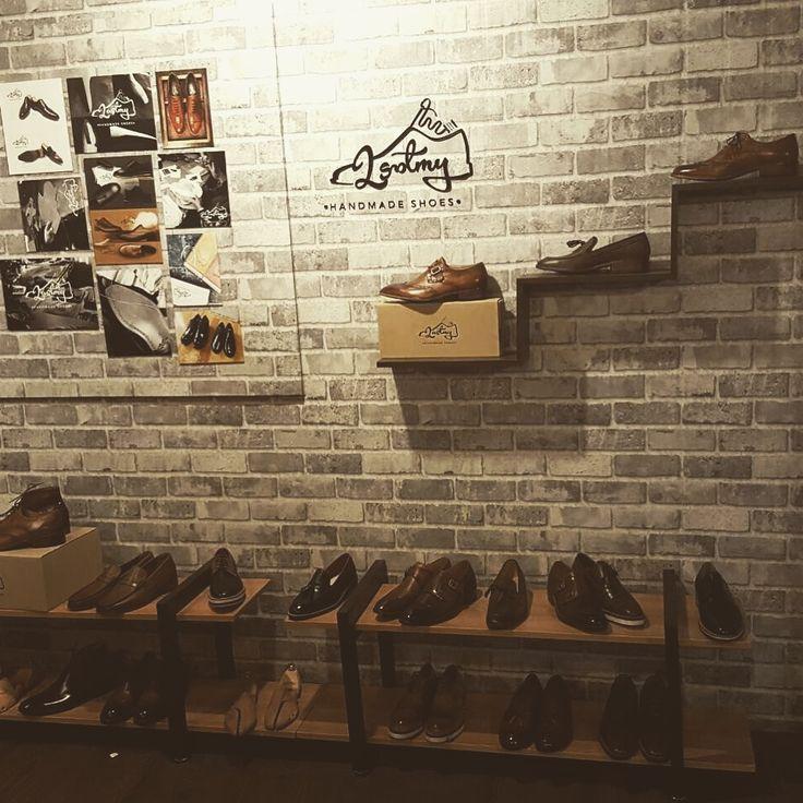 革靴ならラストミー 韓国ファッショントレンド jp.lastmy.com #オーダーメイド #オーダー #プレゼント #パティーヌ #革靴#革靴好き #メンズシューズ #メンズファッション #メンズ#ビジネスマン#スーツ #旅行 #ありがとう #可愛い #空 #冬