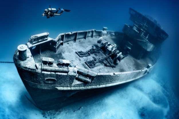 Existen Algunos Lugares En Los Que No Paran De Producirse Desapariciones Continuas Y Sospechosas Mu Istock Triangulo De Las Bermudas Snorkeling Mitos