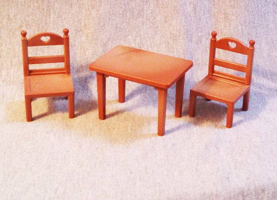 The Maple Town furniture line was made to last....strong enough for the younger child and fine enough for the collector.    There are no visible