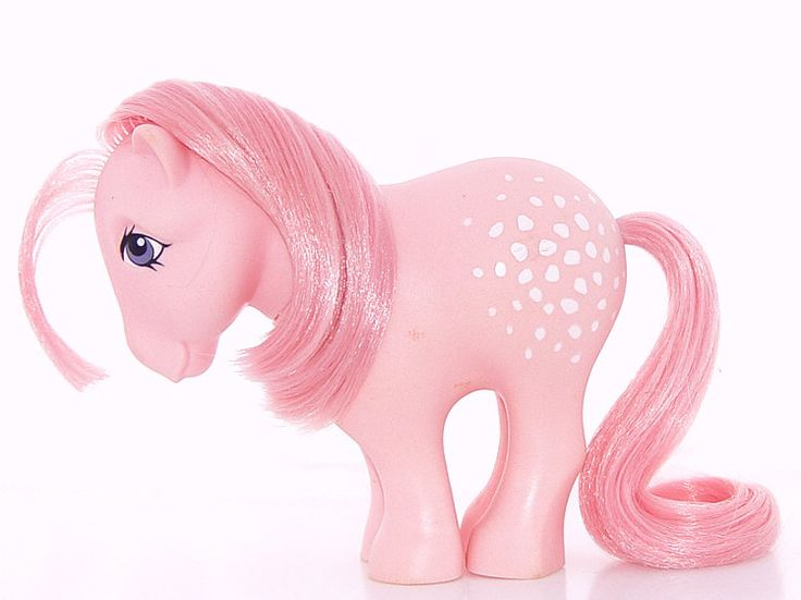Cotton Candy. Collectors pony. Year 1. 1982-83.Year one Cotton Candy has flat hooves.