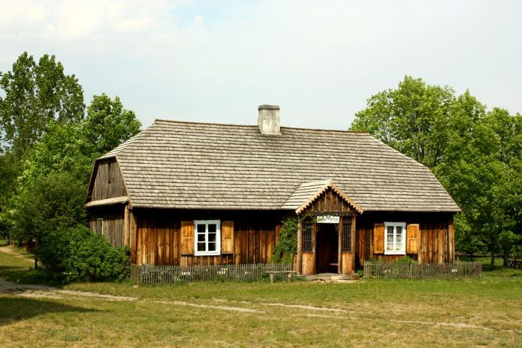Tokarnia, Muzeum Wsi Kieleckiej. Organistówka ze wsi Bieliny z I połowy XIX wieku