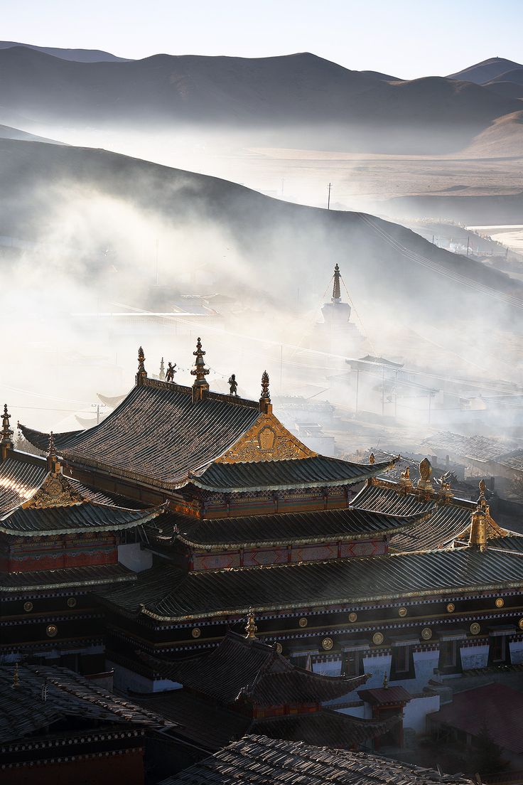 Tibetan Buddhist Temple - Ruoergai,  Sichuan,  China. Photo by Noah Sheldon