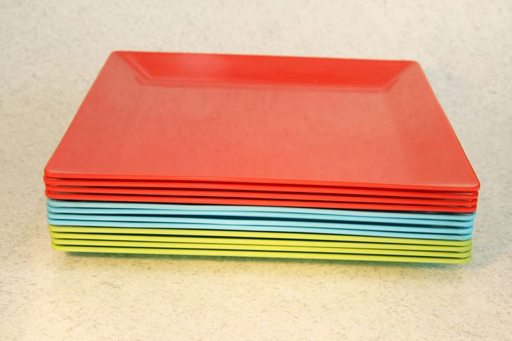 Plastic/Melamine square dinner plate, 3 colours (4 pack), Assistive Style $10