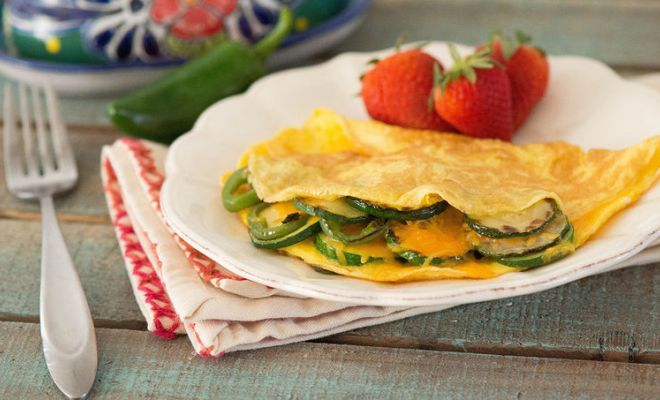 Omelete de calabacín, un plato ligero y nutritivo - Emedemujer VE