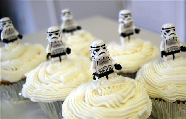 Storm Trooper Cupcakes - Lego Storm Troopers
