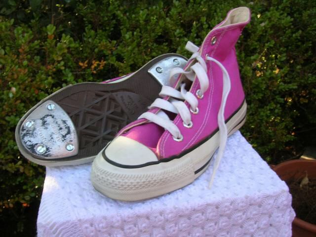 CONVERSE TAP SHOES!!!!! I really need a pair of these... Because I absolutely love them so much!!!!!!