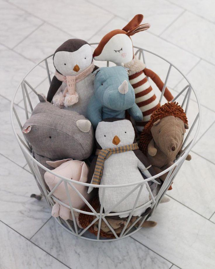 ferm LIVING kids Wire basket: https://www.fermliving.com/webshop/shop/wire-baskets.aspx