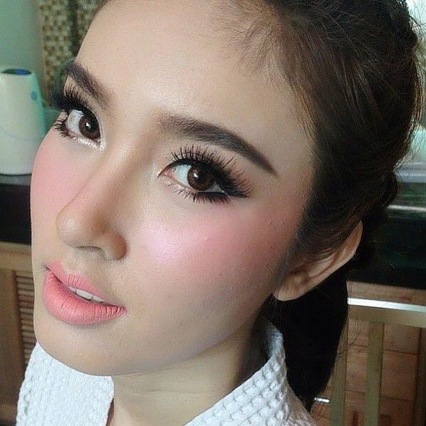 Make up by @nongchat (instagram) poydtreechada #Makeup #thai