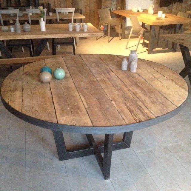 Meer dan 1000 idee n over ronde eettafels op pinterest eettafels eetkamer meubelen en eetkamers - Tafel een kribbe stijl industriel ...