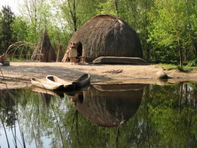 What was Life in Europe Like Before Farming?: Reconstructed Mesolithic Homestead - Archeon