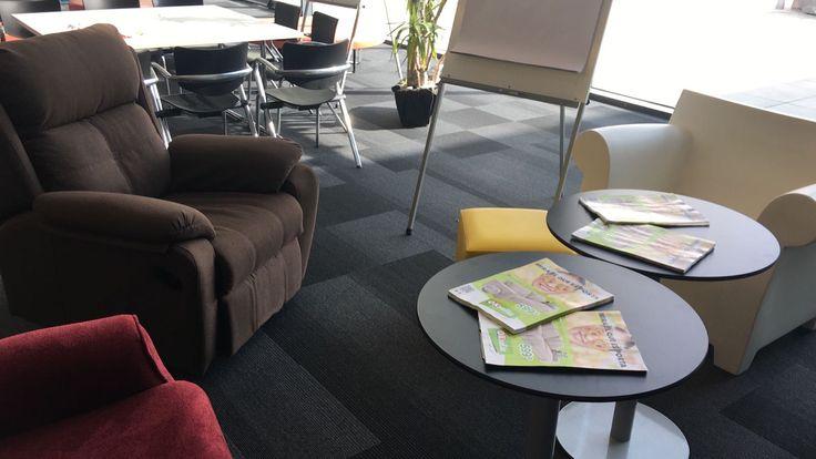 ¡Seguimos moviéndonos! Esta vez estamos en la #Ficommerce2017 de #Reus, una jornada dedicada al MKT digital. :) Allí podrás ver algunos de nuestros sillones más actuales, perfectos para descansar después de una jornada de trabajo.