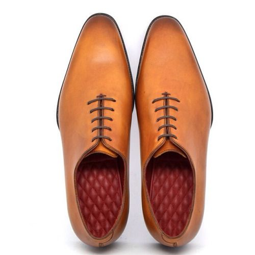 Caramel hued shoes for men #menswear #shoes