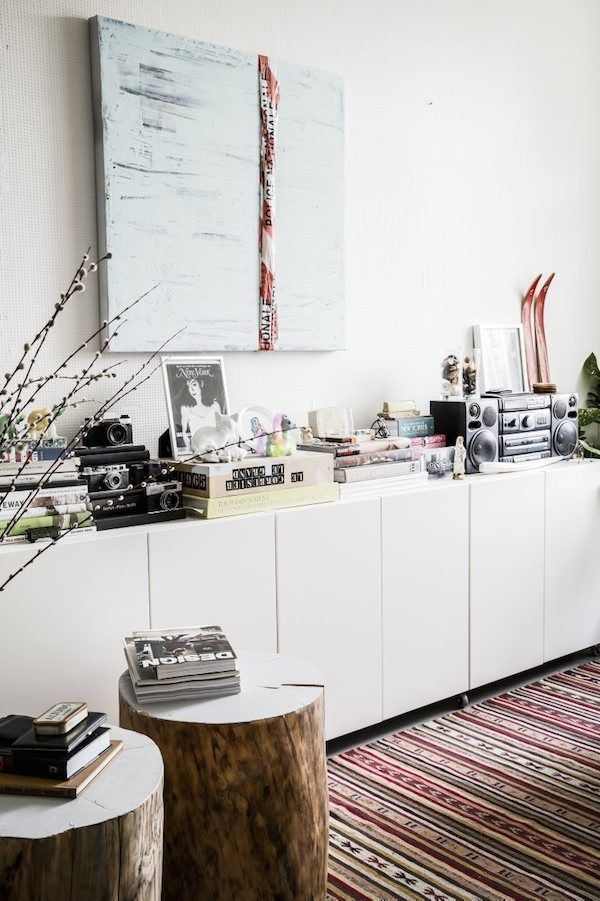 And display everything that's NOT a framed photograph…. | 21 Budget-Friendly Ways To Turn Your Home Into A Minimalist Paradise