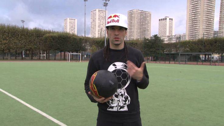 http://www.ilosport.fr/football/videos/apprendre-a-jongler-avec-sean-garnier/ Pour Ilosport, le premier champion du monde de freestyle Séan Garnier dévoile s...