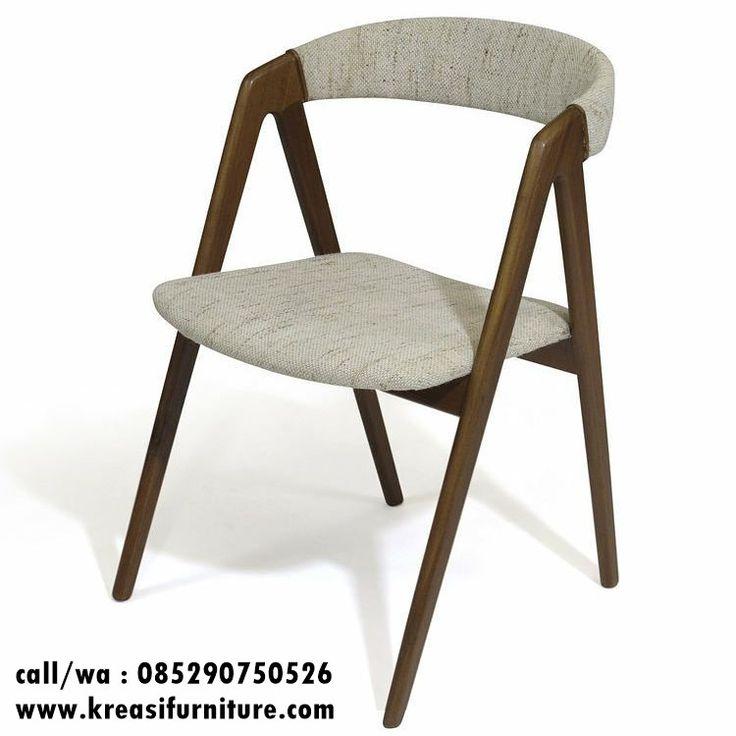 Kursi Cafe Jati Jok Model V merupakan kursi cafe dengan desain yang unik dan terlihat sangat modern mengikuti selera konsumen pada era sekarang ini.
