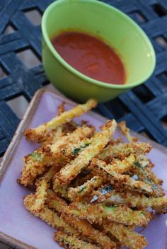 Crispy Zucchini Parmesan Fries that are baked--healthy and delicious! Making these for dinner tonight. :)