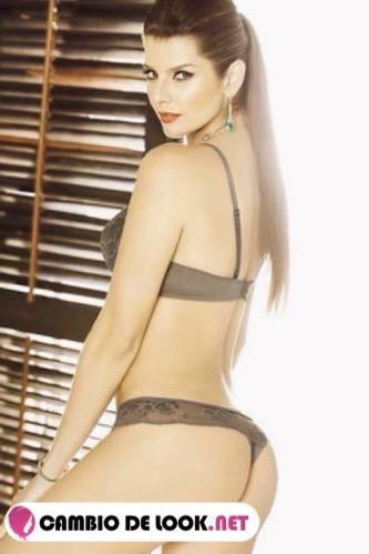 El cuerpo y look de Carolina Cruz