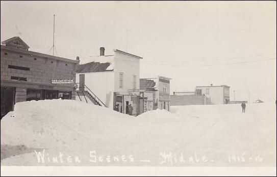 RP: Main Street (covered by Snow) , MIDALE , Saskatchewan , Canada , 00-10s