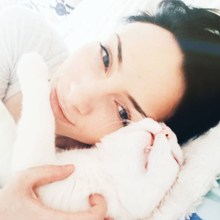 что ни день, то шаббат 🐇 vol.2  #belinsta #Belarus #minsk #instacat #instapet #homesweethome #shabbat #shabbatshalom #friday #cat #whitecat #fun #funny #russia #vsco #vscocam #vscocat #vscopet #vscobelarus #vscominsk #vscorus #vscorussia #vscospb #vscogood