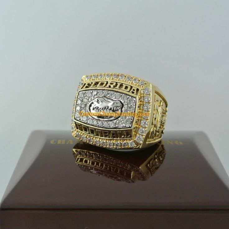 2011 Florida Gators Football National Championship Ring - See more at: http://www.customchampionshiprings.com/2011-florida-gators-football-national-championship-ring-p-253.html