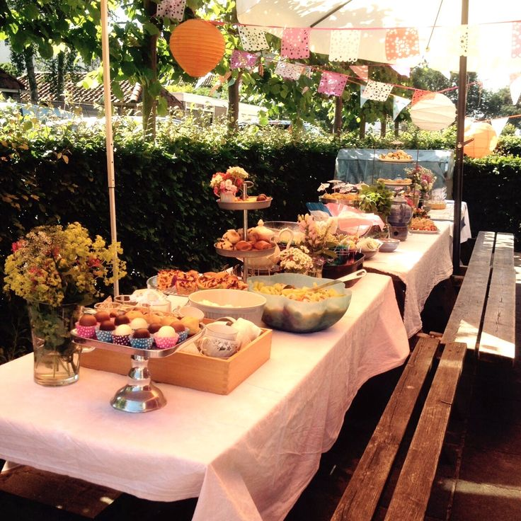 Juffenverjaardag High Tea met kinderen en ouders