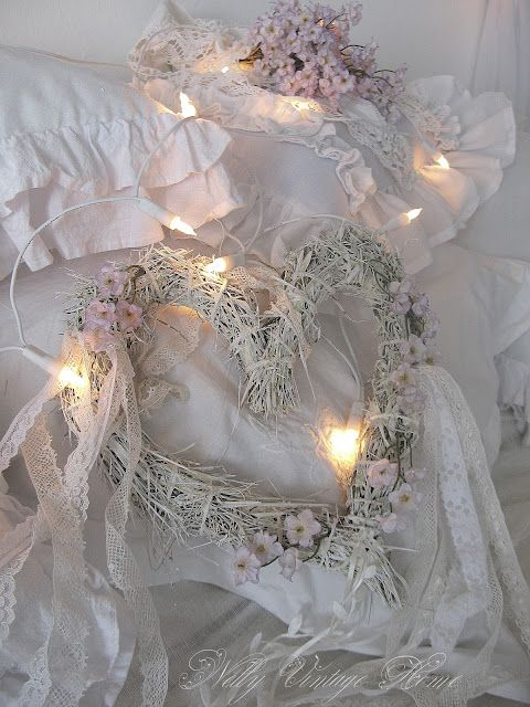 paint a heart wreath and add lots of shabby happies