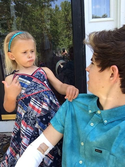 """Imagine: you and Nash are FaceTiming and then you decide to talk about your family and his family as you guys kept talking skylynn comes in front of the camera and whispers """"Nash loves you"""" then walks in back of him as Nash says """"WHAT"""" then whispers to skylynn """"I told you not to tell her"""" and she says """"YOU NEVER TOLD ME DAT!"""""""