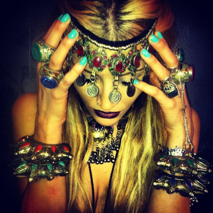Gypsy crowns n jewels