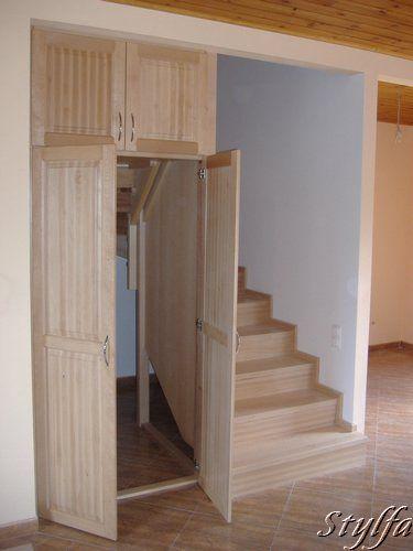 Bükk lépcső beépített tárolóval